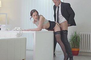 Angelina jolie nakedness in taking lives